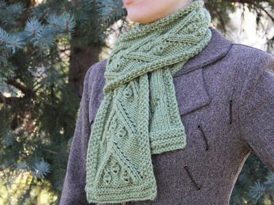 How to knit a Christmas scarf - video tutorial for beginners.
