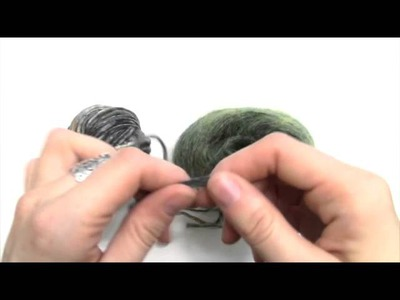 How-To: Knitting Two Strands of Yarn Together
