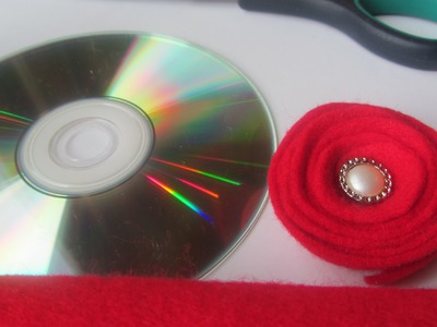 How to Make a Rolled Felt Flower with CD as Pattern Craft Tutorial