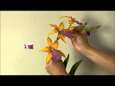 How to reshape Clay Flower petals and stems tutorial. Polymer Clay. Sugar Craft. Cake Decoration