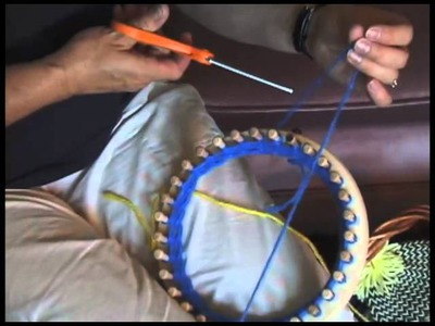 Part 3 Changing Colors on the Round Knitting Loom