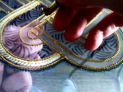 Pose de paillettes au crochet de Lunéville