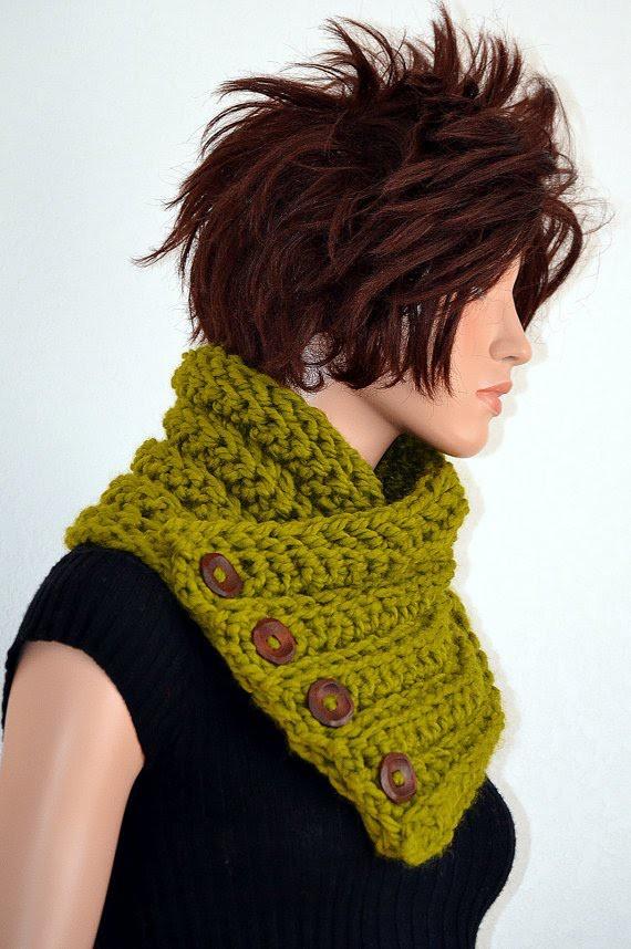 Tutorial: How to Crochet a Neckwarmer using HDC