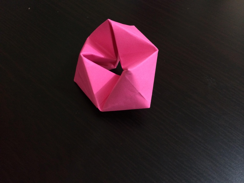 How to make origami  rotating tetrahedron