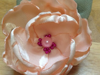 Create a Beautiful and Easy Peony Flower - DIY Crafts - Guidecentral