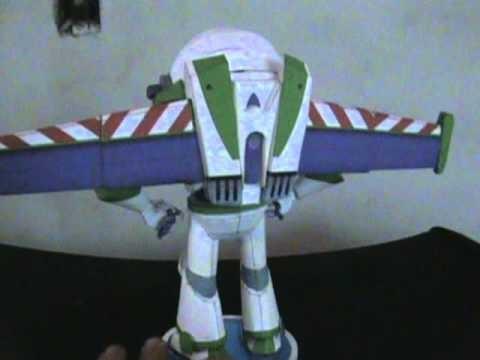 Papercraft buzz lightyear