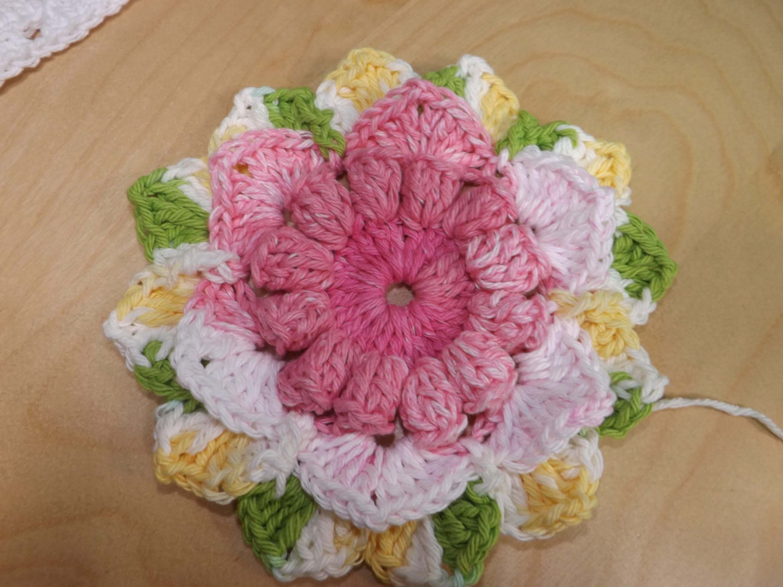 Crochet Flower For A Granny Square Baby Blanket Part 1