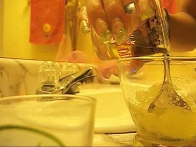 DIY olive oil and sugar hand scrub!