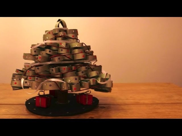 Let's Make a Christmas.Holiday Center Piece (or Coniferous Tree) - Craft and Project