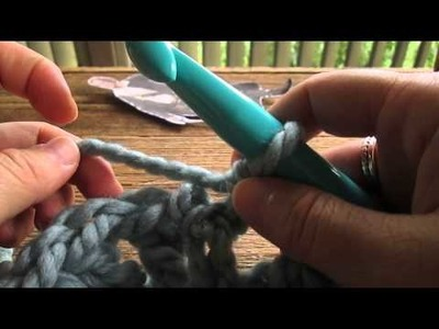 Claire crocheted cowl tutorial part 1 with foundation chain