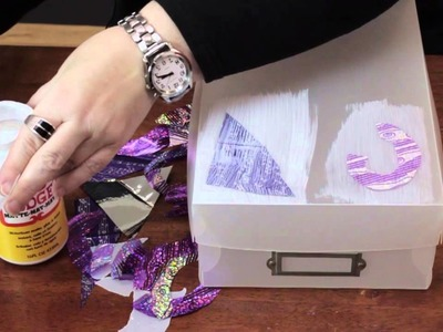 How to Decorate a Plastic Box With a Collage : Various Decorative Crafts