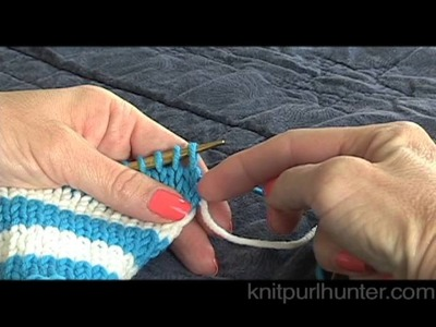 Carrying Yarn Up the Side - Stripes, Colorwork