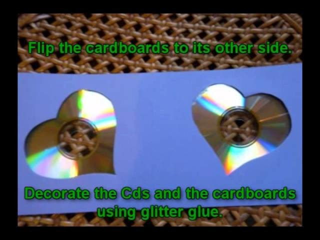 Craft ideas for Christmas - Christmas candle holder made from CD