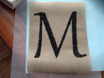 Easily Paint a Letter on Burlap - Crafts - Guidecentral