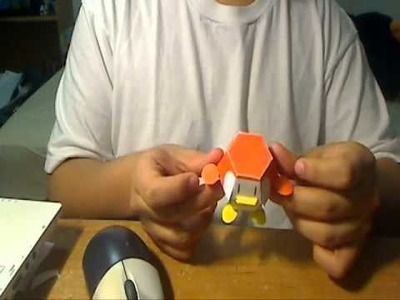 Papercraft Pengy Bomb