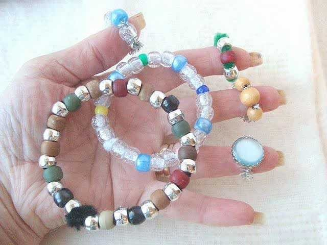 CRAFTS FOR KIDS, BRACELET AND RING.