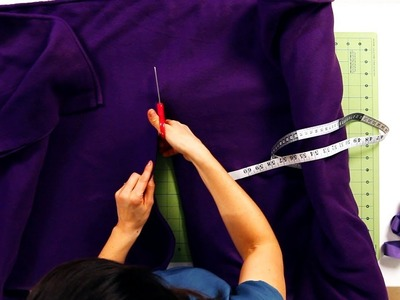 How to Measure & Cut a No-Sew Cape | No-Sew Crafts