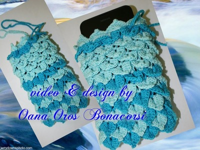 Crochet cell cover with crocodile stitch