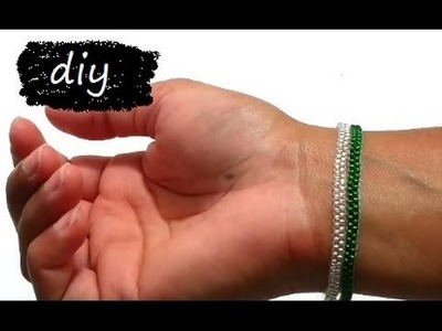 {DIY} Skinny Bracelet: Peyote Stitch