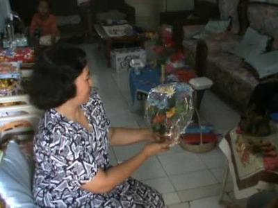 Making plastic flowers - Sell to neighbors