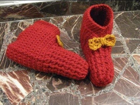 Simple Crocheted Booties - Left Handed Crochet Tutorial