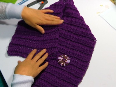 How to Crochet an Easy Scarf with A Button Tutorial