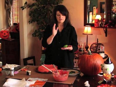 Halloween Pumpkin-Shaped Cake : Pumpkin Carving & Crafts