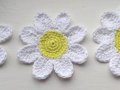 How to Crochet a Trio of Daisy. Flower  Tutorial