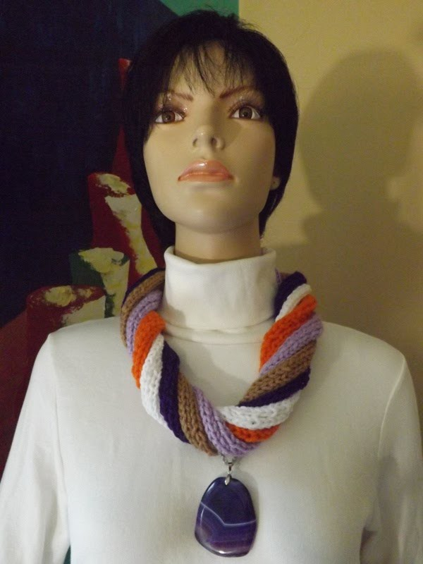 How To Knit A Necklace