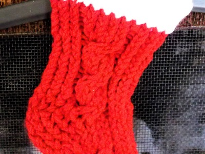 How to Loom Knit a Stocking. Booties Simple and Cabled