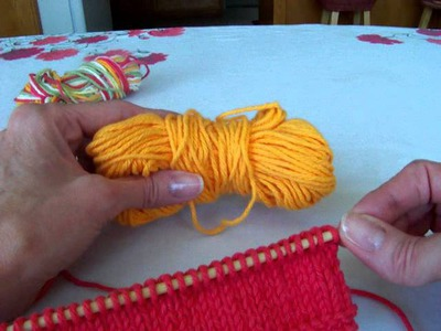 Knitting ~ Adding a new skein and.or new color.