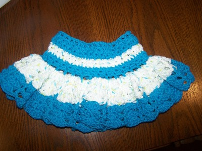 Crochet baby  girls frilly skirt