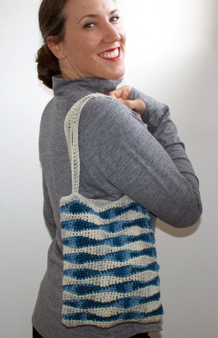 Left Hand Ocean Waves Bag Free Pattern Workshop