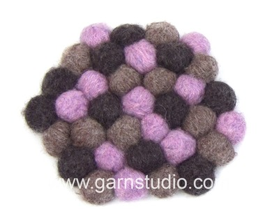 DROPS Technique Tutorial: How to make felt a hot pad with small balls