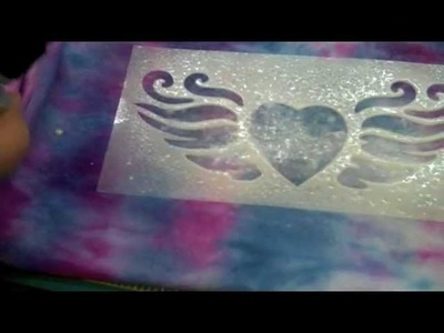 HOW TO: GLITTER SPRAY ON STENCIL || DIY Projects