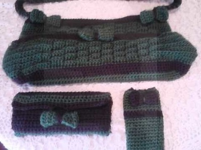Matching crochet purse, wallet and cellphone case.