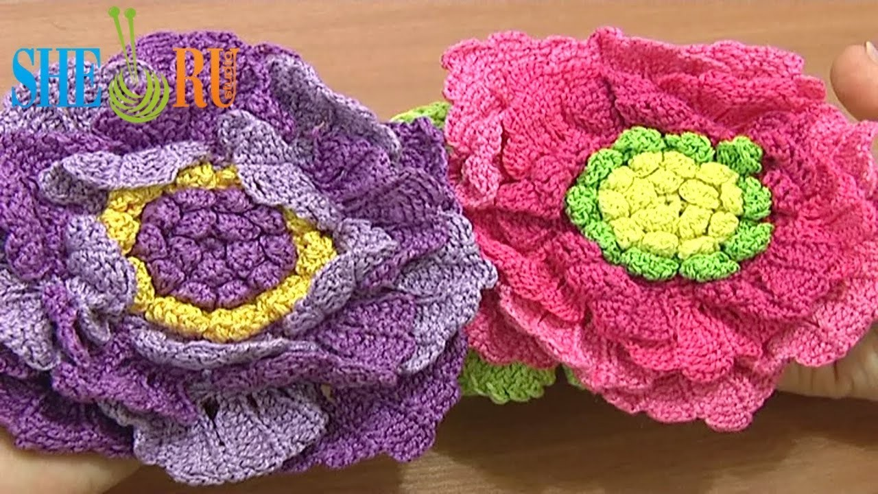 http://cdn.mycrafts.com/i/1/1/83/crochet-large-flower-tutorial-62-bdAz-o.jpg