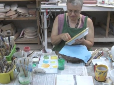 The Spirit of Ceramcs - Volume 6, Linda Arbuckle: Fresh Color on Pottery