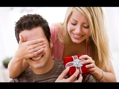 VALENTINE's DAY Top Romantic GIFT IDEAS for HIM. Valentine's Day Gifts for Men