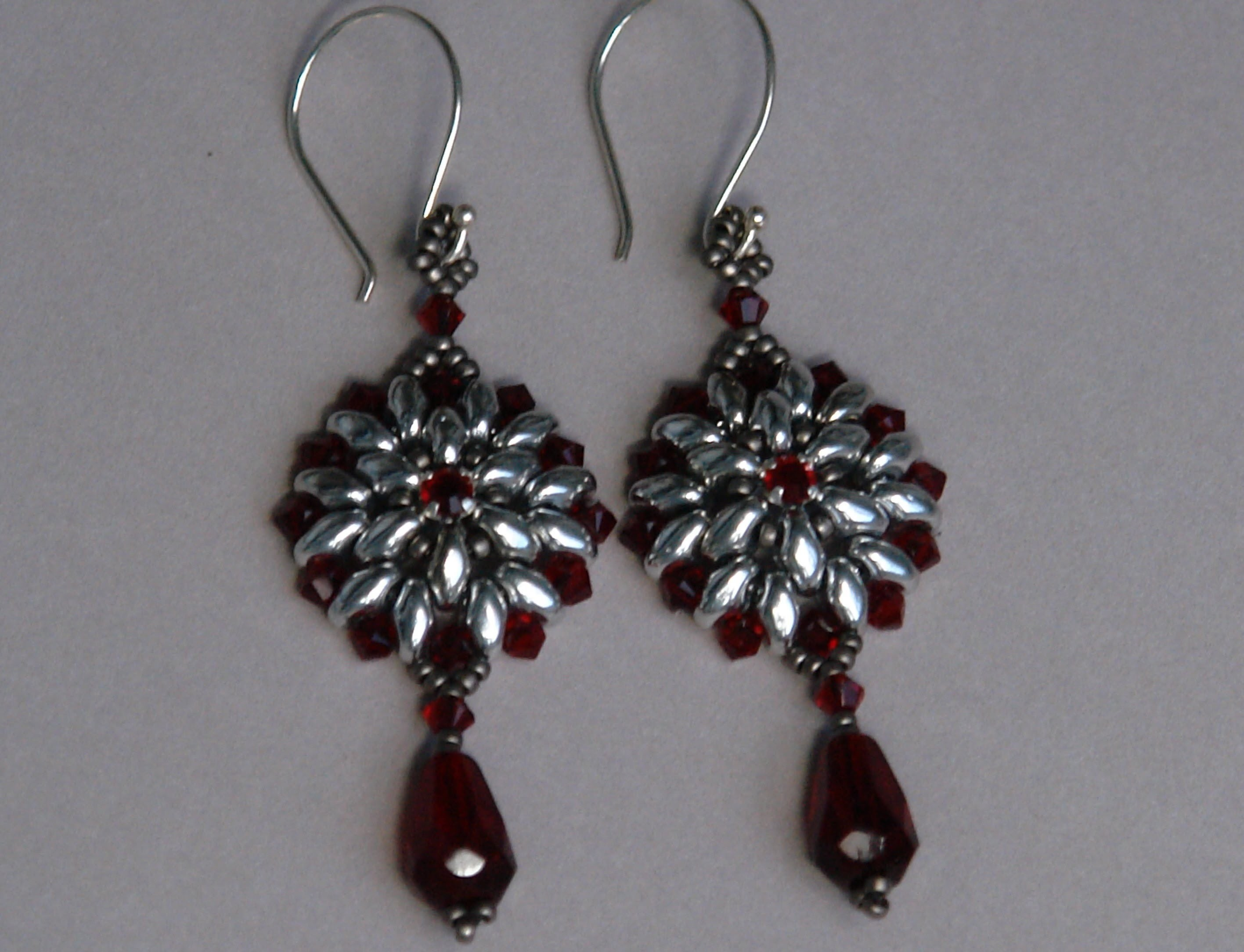 Sidonia's handmade jewelry - Superduo Victorian Earrings tutorial