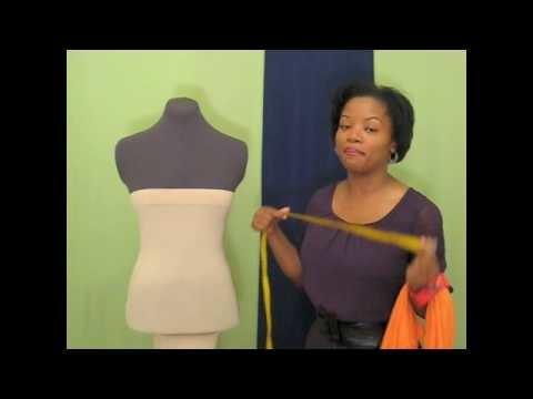 DIY: No-Sew One-Shoulder Wrap Dress: (www.dgulleydesigns.com)