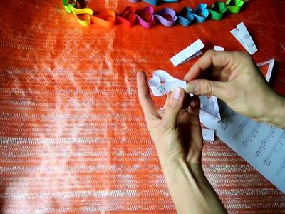DIY Paper Heart Garland - Ghirlanda din inimioare de hartie