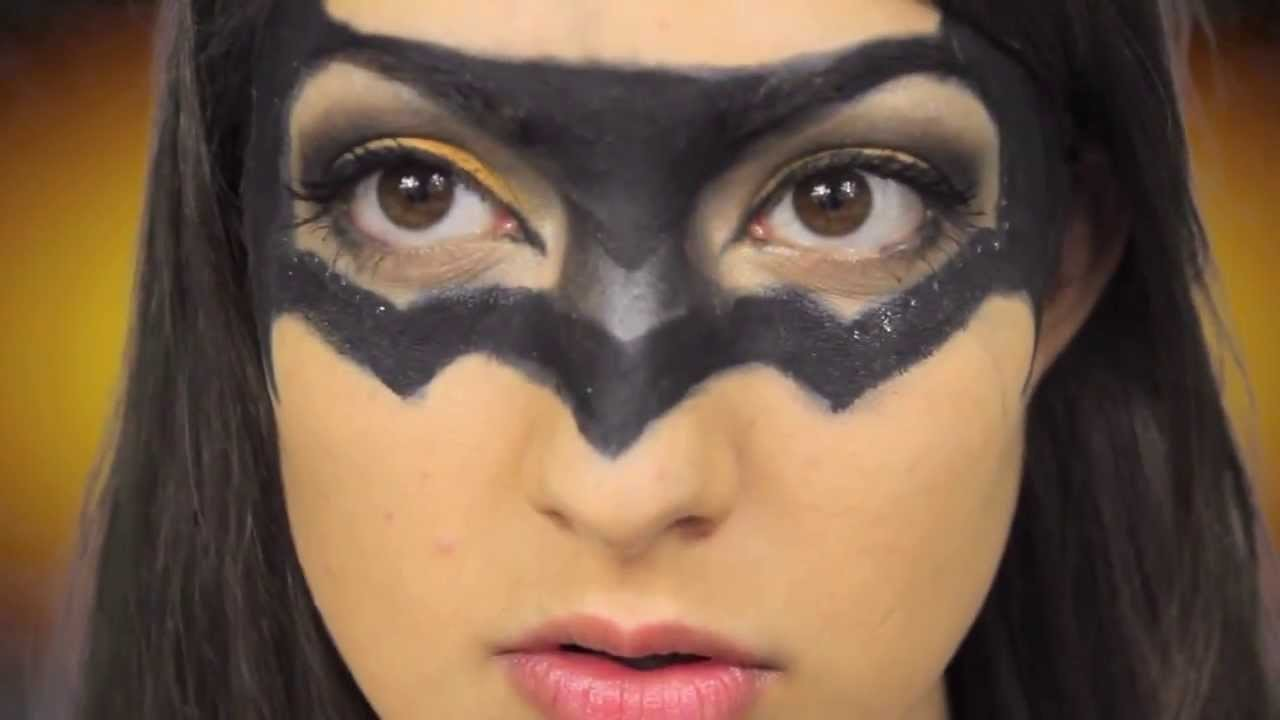 How to: DIY Batman Costume
