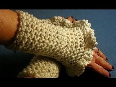 How to Crochet Ruffled Wrist Warmers Day 33
