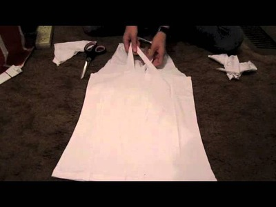 DIY tutorial: How to cut a T-shirt into a racerback.halter- 2 styles
