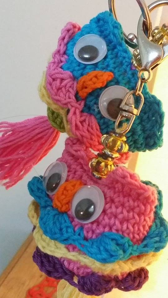 How to make a crochet owl key chain-1