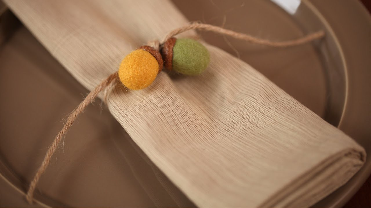 How to Make Felted Acorn Napkin Rings (Kid Friendly DIY Craft)    KIN PARENTS