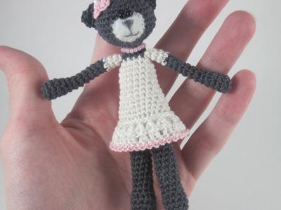 Make a Cute Crocheted Amigurumi Cat - DIY Crafts - Guidecentral