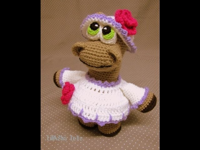 Crochet toy amigurumi - how to make the dress edging.