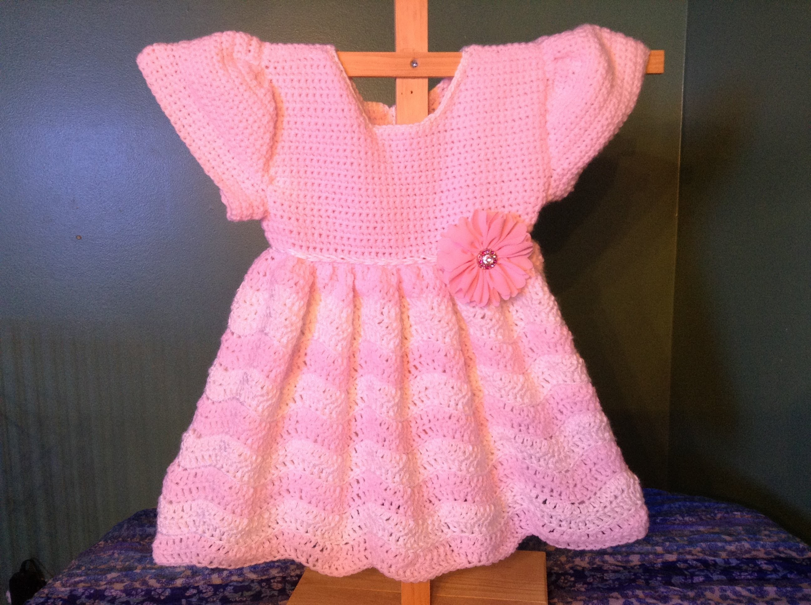 How to Crochet a Baby Dress Wave Ripple stitch
